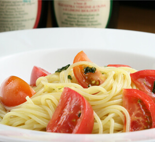 pasta fredda con pomodoro_edited-1