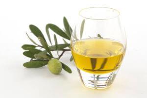 飲める鮮度のオリーブオイル