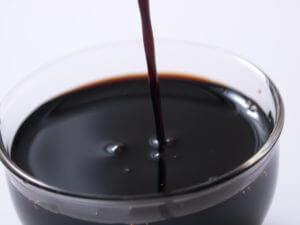 ぶどう果汁だけで作られた濃厚なバルサミコ