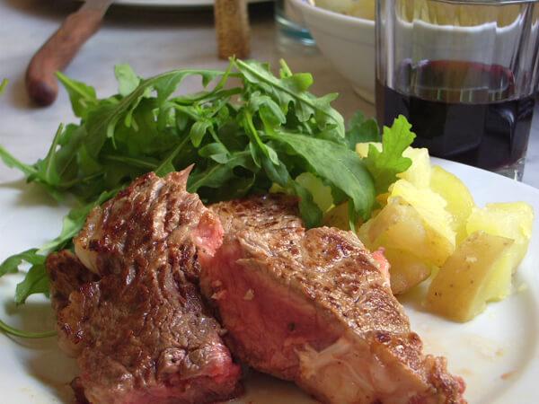 牛肉オリーブオイル赤ワイン