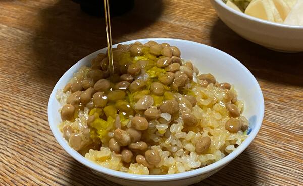 納豆とオリーブオイル